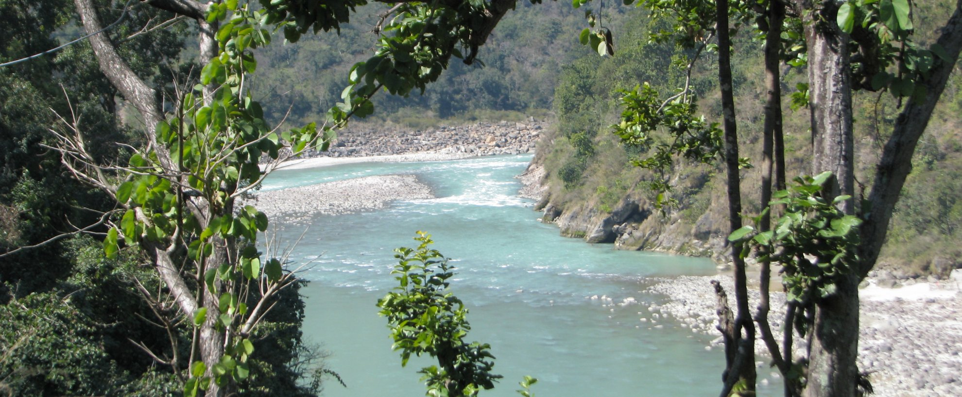 Indien Rundreise Nordindien Anandlok Resort  Rishikesh Fluss