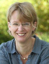 Dr. <b>Petra Holz</b> - 152572_Dr-Petra-Holz