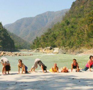 Yoga Gruppe Ganges