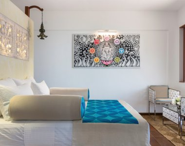 Ayurvie Weligama Retreat Deluxe Zimmer Bett blau Chandra