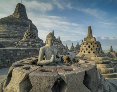Yoga Reisen Urlaub Indonesien Java