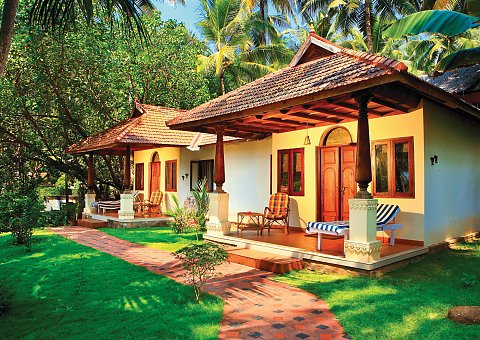 Harmonisch gestaltete Bungalows in traditioneller Kerala Architektur