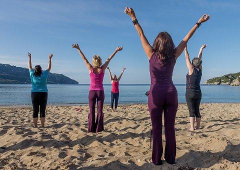 Yogareisen Korfu U2013 Yoga Fu00fcr Beginner Oder Kenner