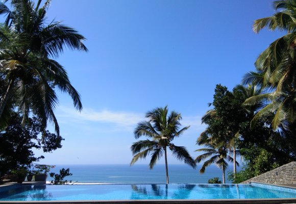 Cliff View Ayurveda Retreat Pool