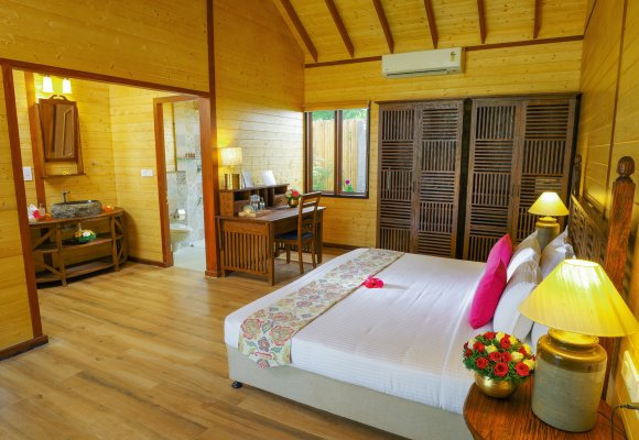 Sitaram Beach Retreat Eco Wooden Hut