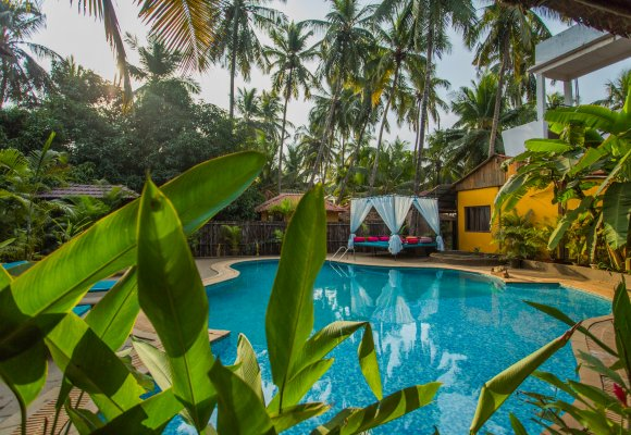 Indien Süd Goa Devarya Wellness Center Pool Anlage