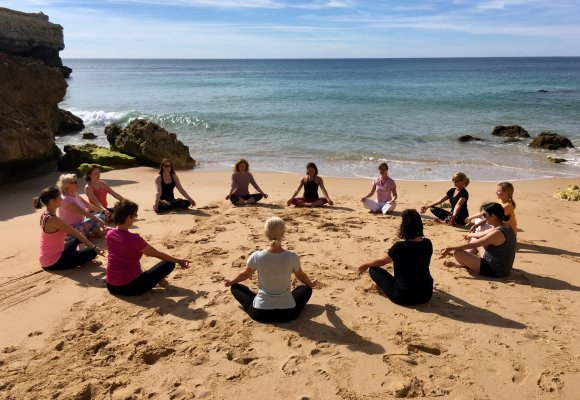 Yoga Urlaub Portugal Yoga Reisen Algarve Suites Alba Resort & Spa Meditation Strand