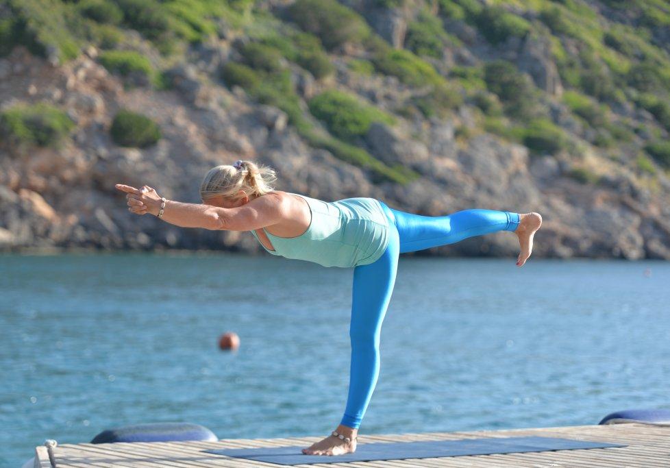 Sonnengruss Video Yoga Ubungen Fur Den Start In Den Tag Morgengruss Neue Wege Blog